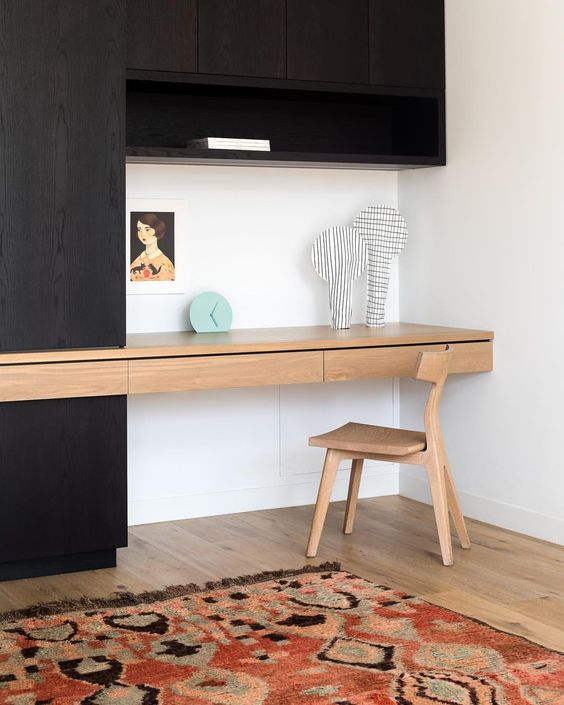 study table with black organizer